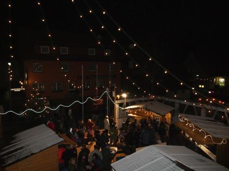 Weihnachtliches Dorffest Struempfelbrunn