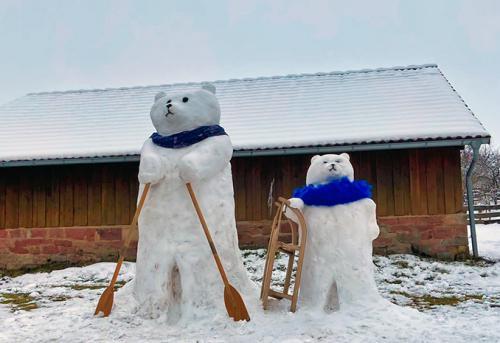 SchneeBären aus Mülben beim Wintersport