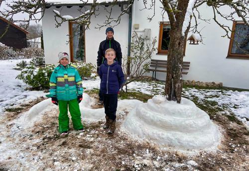 Schneekuenstler aus Mülben